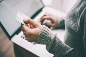 Benefits of Ecommerce over Traditional Stores